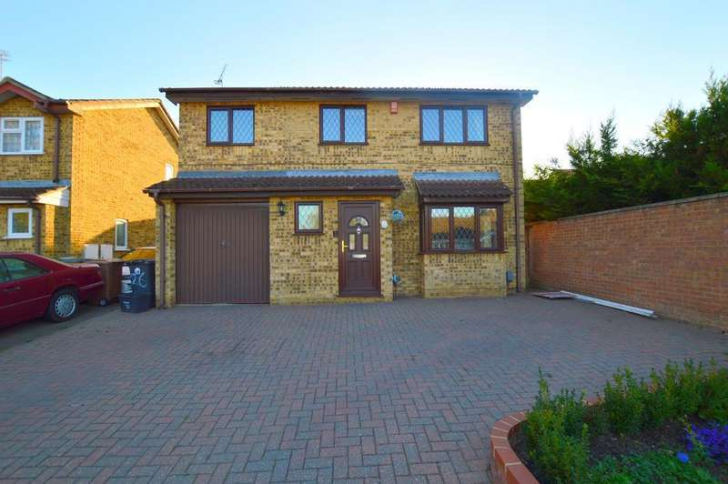 4 Bedrooms Detached House for sale in Albury Close, Barton Hills, Luton, LU3 4AY