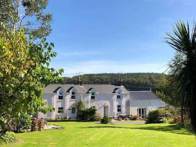 6 Bedrooms Equestrian Facility Character Property for sale in Llanteg, Narberth