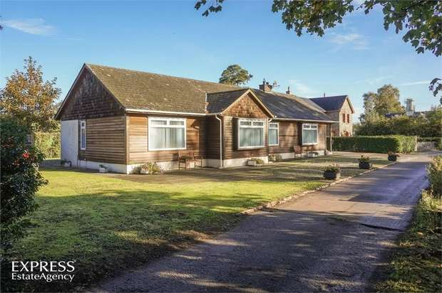 3 Bedrooms Detached Bungalow for sale in Bay Road, Crumlin, County Antrim