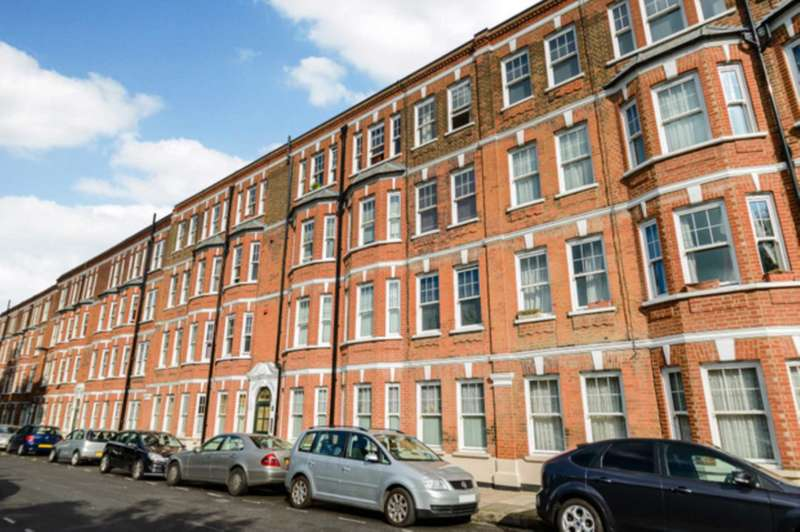 3 Bedrooms Flat for sale in Morgan Mansions, Morgan Road, Islington, N7 8NA