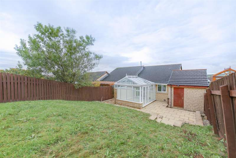 2 Bedrooms Semi Detached Bungalow for sale in Windermere Road, Bacup, Rossendale