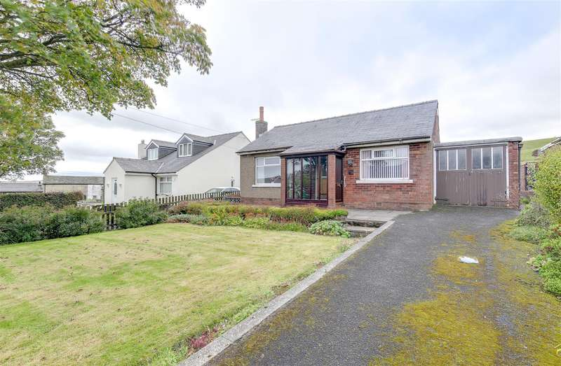 2 Bedrooms Detached Bungalow for sale in Burnley Road, Weir, Bacup, Rossendale