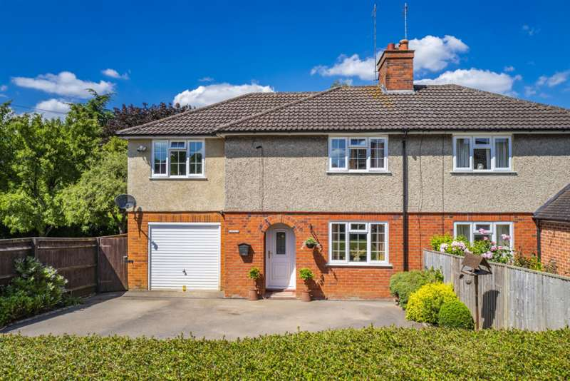 3 Bedrooms Semi Detached House for sale in 53 Elvendon Road, Goring on Thames, RG8