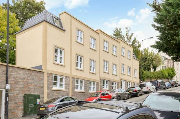 1 Bedroom Flat for sale in 16a Hampton Road, Bristol