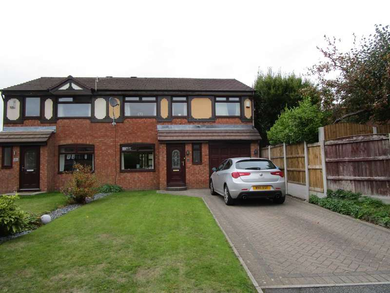 4 Bedrooms Semi Detached House for sale in Crossfield Close, Shaw