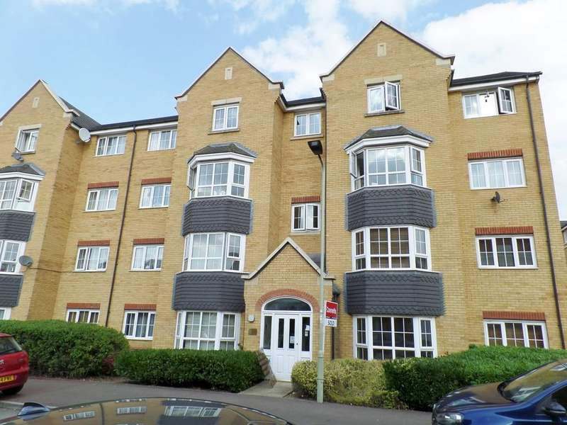 2 Bedrooms Apartment Flat for sale in Henley Road, Bedford