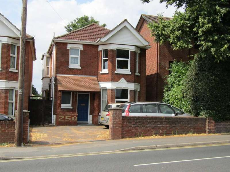 4 Bedrooms Detached House for sale in Winchester Road, Southampton