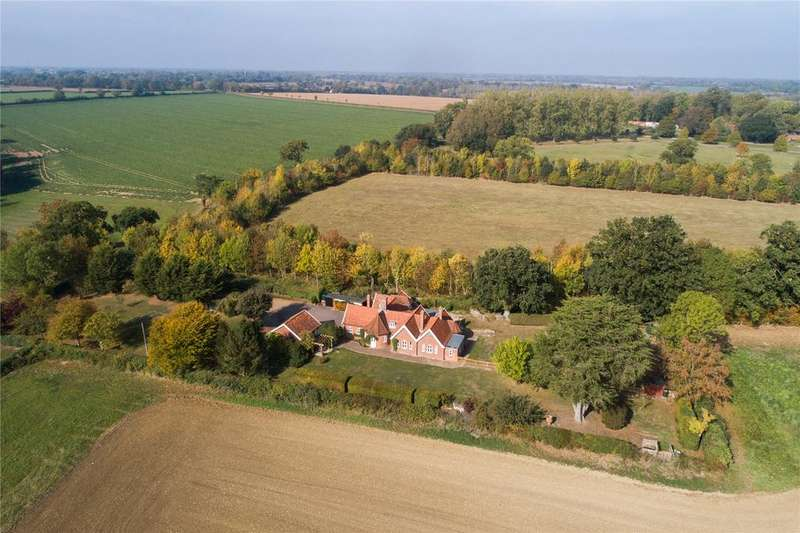 4 Bedrooms Detached House for sale in Round House Hill, Denton, Harleston, Norfolk, IP20