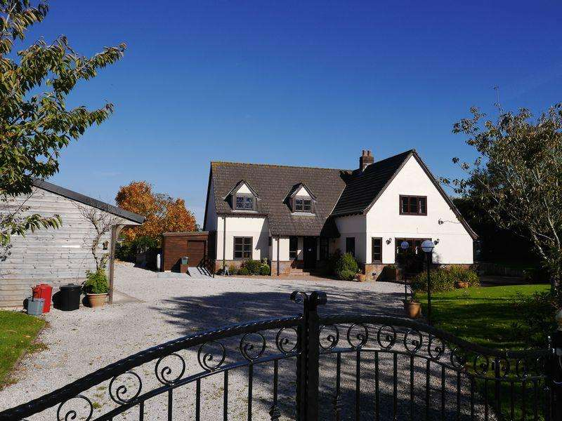 4 Bedrooms Detached House for sale in Meeth, Okehampton