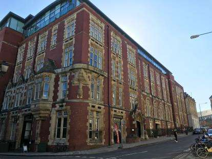 2 Bedrooms Flat for sale in Unity Street, Bristol, Somerset