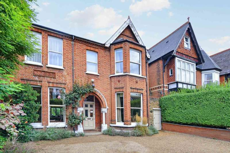 6 Bedrooms Detached House for sale in Gordon Road, Ealing