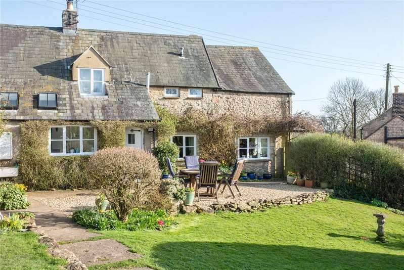3 Bedrooms Detached House for sale in Back Lane, Winstone, Cirencester, Gloucestershire, GL7