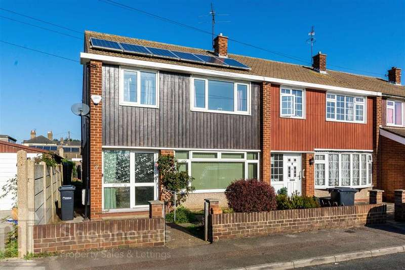 3 Bedrooms End Of Terrace House for sale in Salisbury Road, Hoddesdon, Hertfordshire, EN11