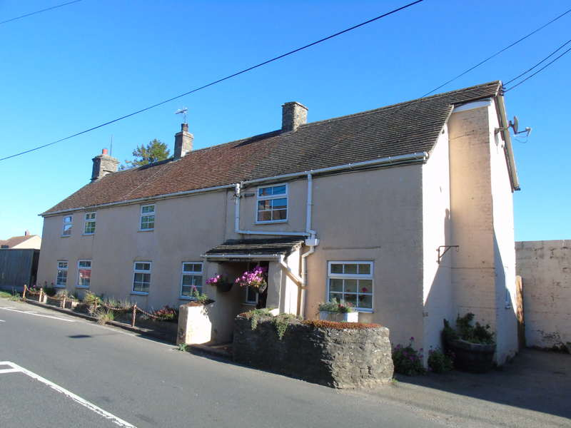 4 Bedrooms Cottage House for sale in Townsend Cottage, Henstridge, Somerset. BA8 0RQ
