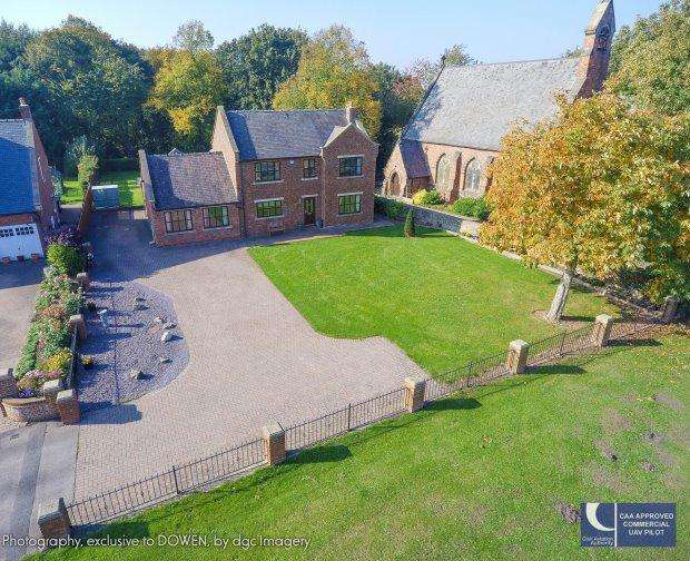 3 Bedrooms Detached House for sale in VILLAGE FARM, THE GREEN, WEST CORNFORTH, SEDGEFIELD DISTRICT