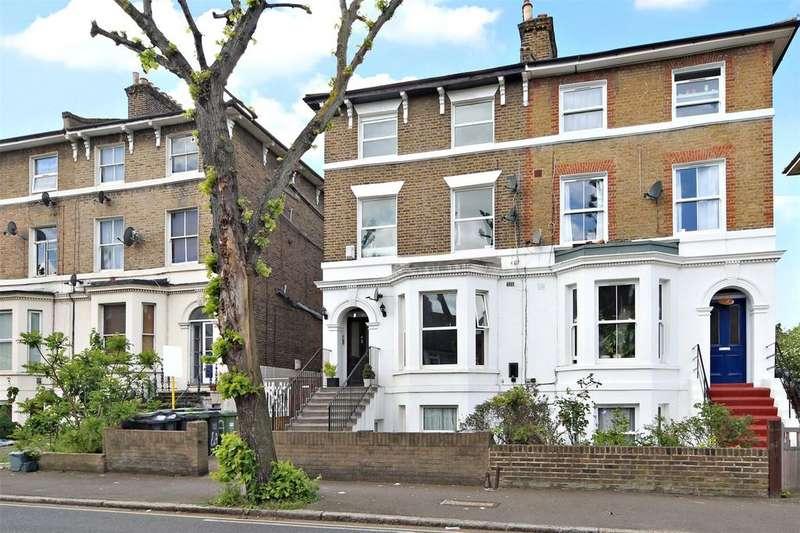 3 Bedrooms Flat for sale in Eastdown Park, London, SE13