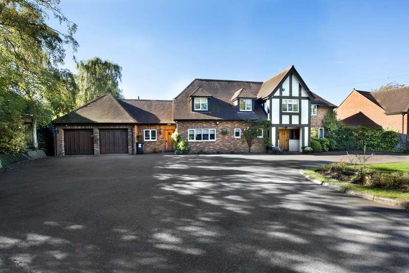 4 Bedrooms Detached House for sale in St John's Hill, Shenstone