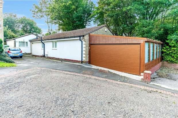 3 Bedrooms Detached Bungalow for sale in Pinedale Drive, South Hetton, Durham