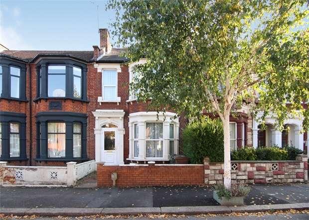 4 Bedrooms Terraced House for sale in Barrett Road, Walthamstow, London