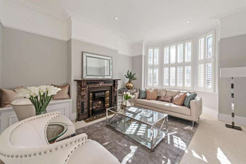 4 Bedrooms Flat for sale in Tremadoc Road, Clapham