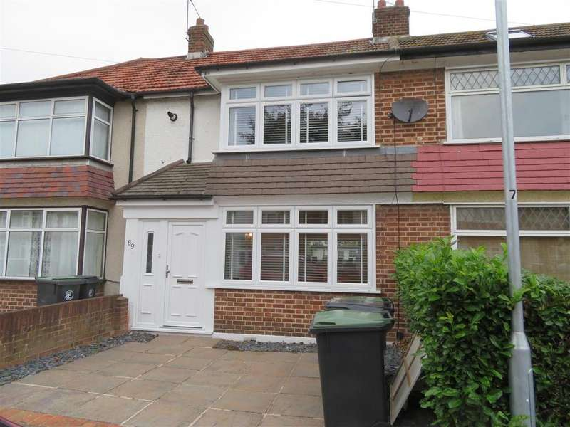 2 Bedrooms Terraced House for sale in Avondale Drive, Loughton