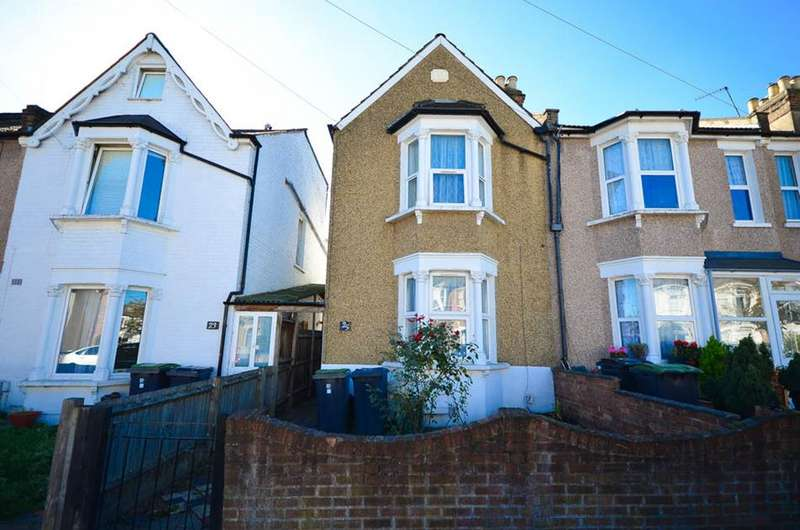 3 Bedrooms Property for sale in Seaford Road, London, N15