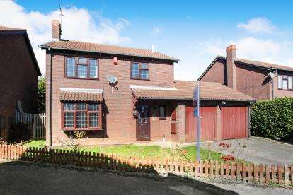 4 Bedrooms Detached House for sale in Cubbington Close, Luton, Bedfordshire, England