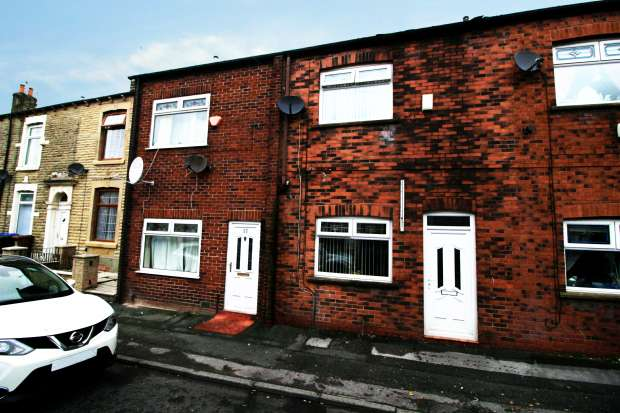 2 Bedrooms Terraced House for sale in Prince Street, Rochdale, Greater Manchester, OL16 5LL