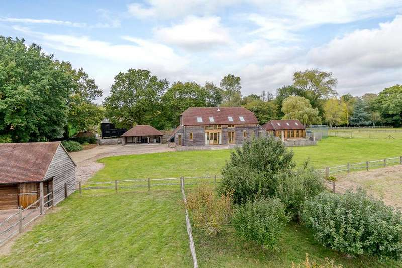5 Bedrooms Detached House for sale in Horsham Road, Beare Green, Surrey