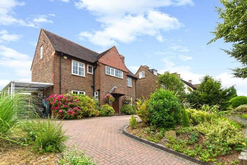 4 Bedrooms Detached House for sale in The Ridge Way, Sanderstead, Surrey, CR2 0LG