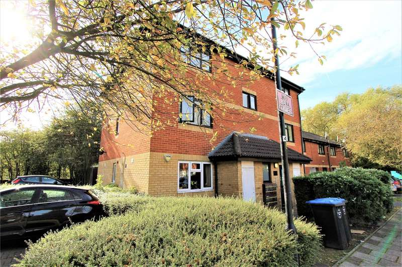 1 Bedroom Flat for sale in Cambridge Close London