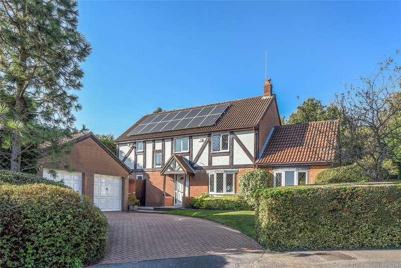 4 Bedrooms Detached House for sale in Fletcher Gardens, Binfield, Berkshire, RG42