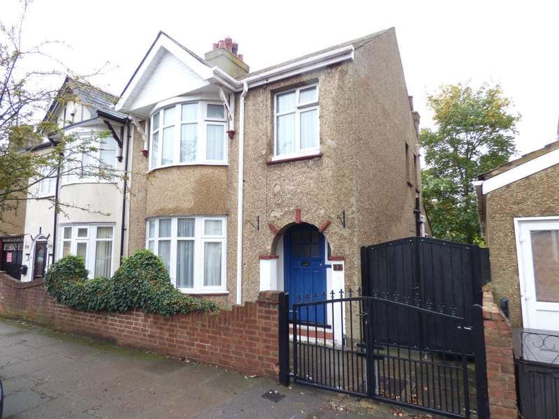3 Bedrooms Semi Detached House for sale in Ouseland Road, Bedford, MK40 4NX