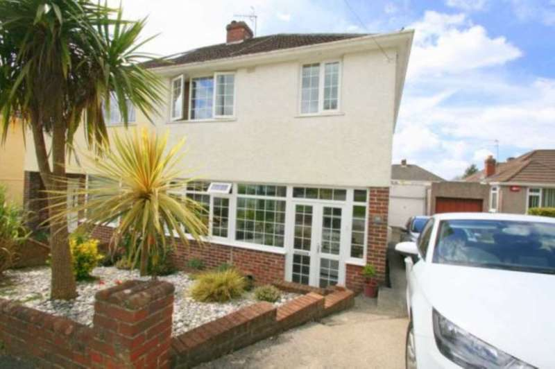 3 Bedrooms Semi Detached House for sale in St Margarets Road, Woodford