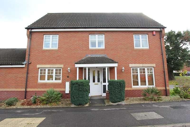 4 Bedrooms Detached House for sale in Wavers Marston, Birmingham, West Midlands, B37 7GL