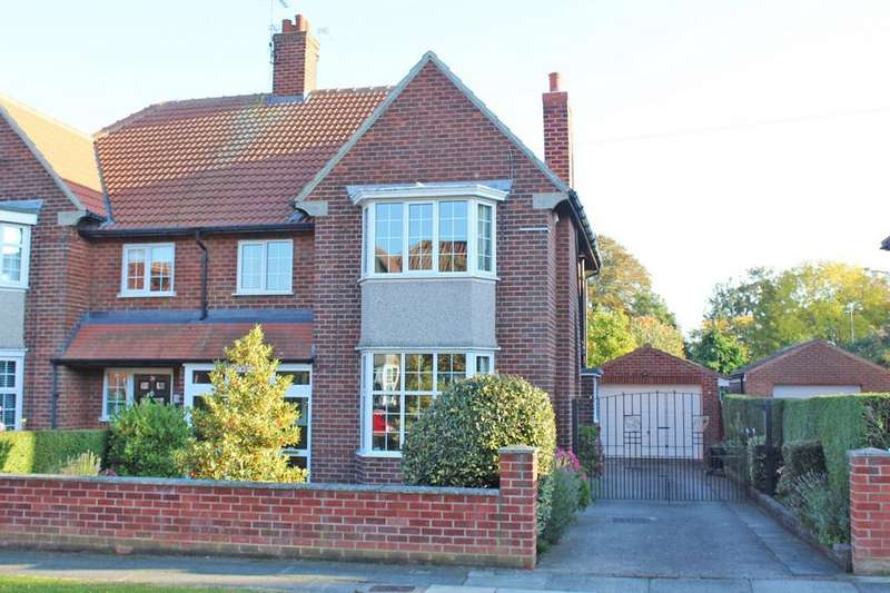 4 Bedrooms Semi Detached House for sale in Redwing Lane, Norton, TS20