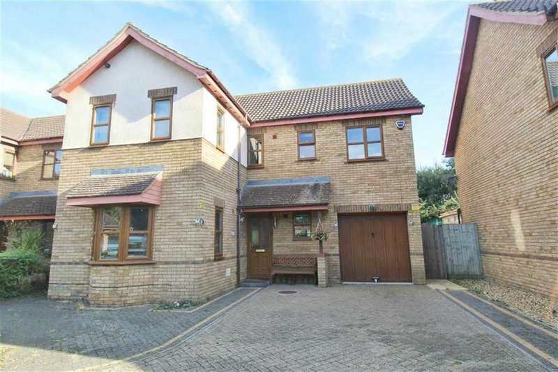 5 Bedrooms Detached House for sale in Pastern Place, Downs Barns, Milton Keynes, MK14