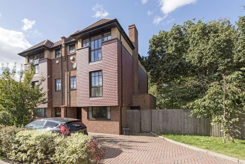 4 Bedrooms Semi Detached House for sale in Phillimore Gardens, West Lodge Avenue, Acton, London W3