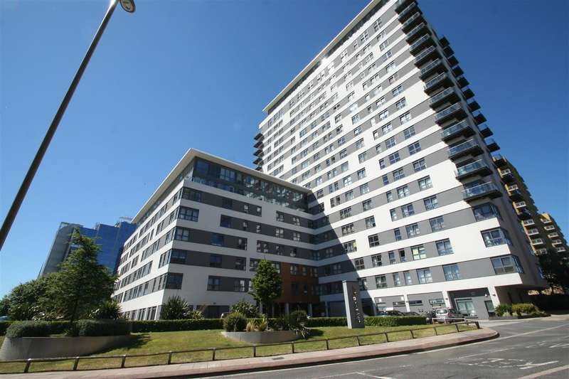 2 Bedrooms Apartment Flat for sale in The Tower, Skyline Plaza, Basingstoke Town Centre