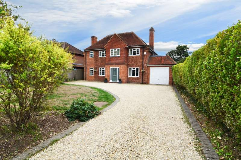 5 Bedrooms Detached House for sale in Whitepit Lane, Flackwell Heath, HP10