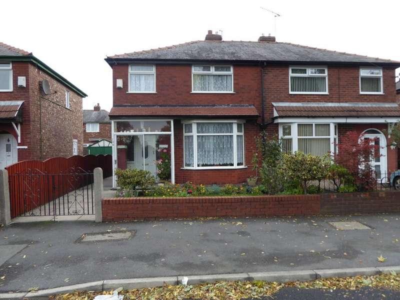 3 Bedrooms Semi Detached House for sale in Greenside Lane, Droylsden, M43