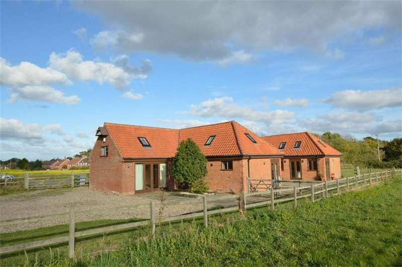 5 Bedrooms Barn Conversion Character Property for sale in Chamery Hall Lane, South Walsham, Norwich