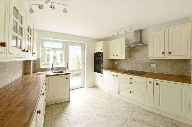 3 Bedrooms Property for sale in Turberville Road, Bere Regis BH20