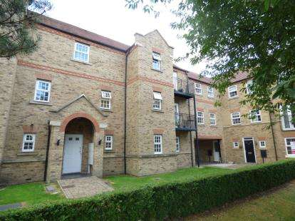 2 Bedrooms Flat for sale in Warren Lane, Witham St. Hughs, Lincoln, Lincolnshire