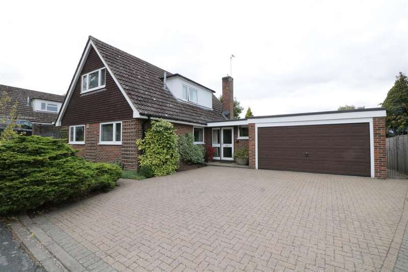 5 Bedrooms Detached House for sale in Oakham Close, Tilehurst, Reading