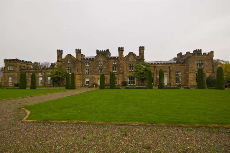 2 Bedrooms Maisonette Flat for sale in Wilton Castle, Wilton, Redcar, TS10 4FB