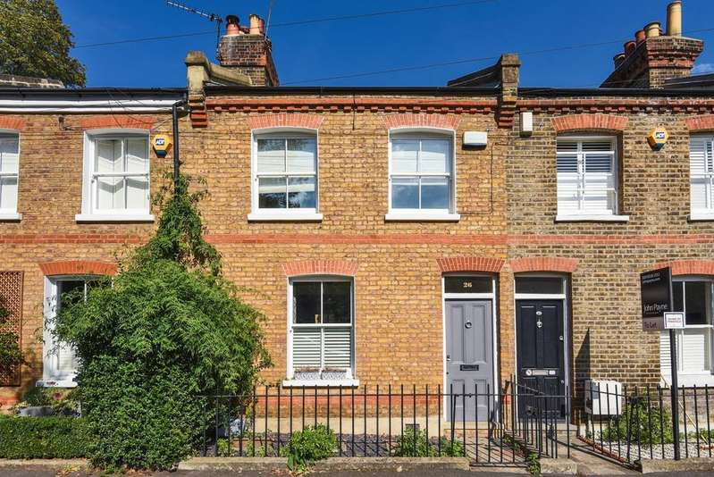 2 Bedrooms Cottage House for sale in Collins Street Blackheath SE3