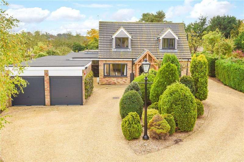 4 Bedrooms Detached House for sale in Perry Road, Buckden, St. Neots, Cambridgeshire