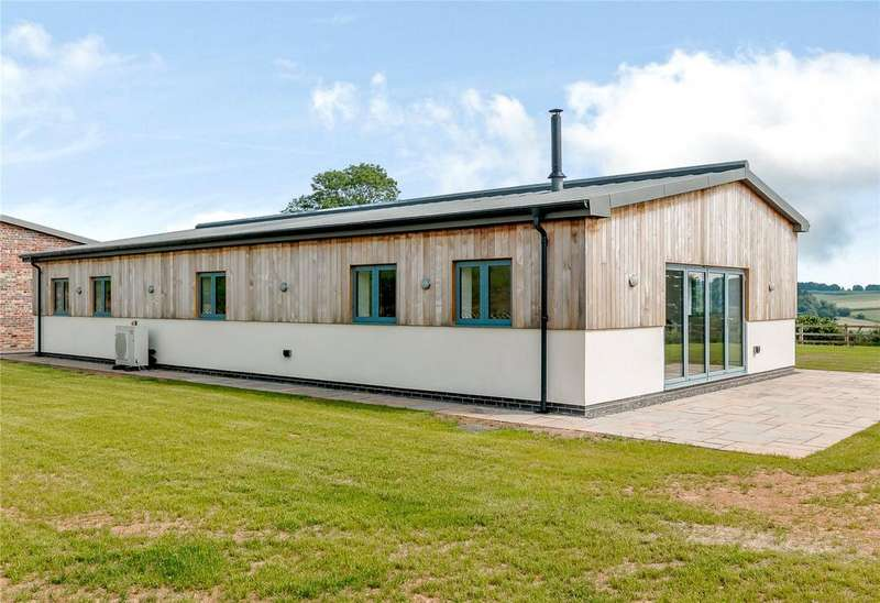 3 Bedrooms Detached Bungalow for sale in Redthorne Hill, Cleobury Mortimer, Kidderminster, Worcestershire