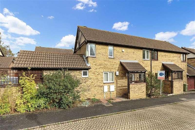 3 Bedrooms Semi Detached House for sale in Petworth, Great Holm, Milton Keynes, Bucks